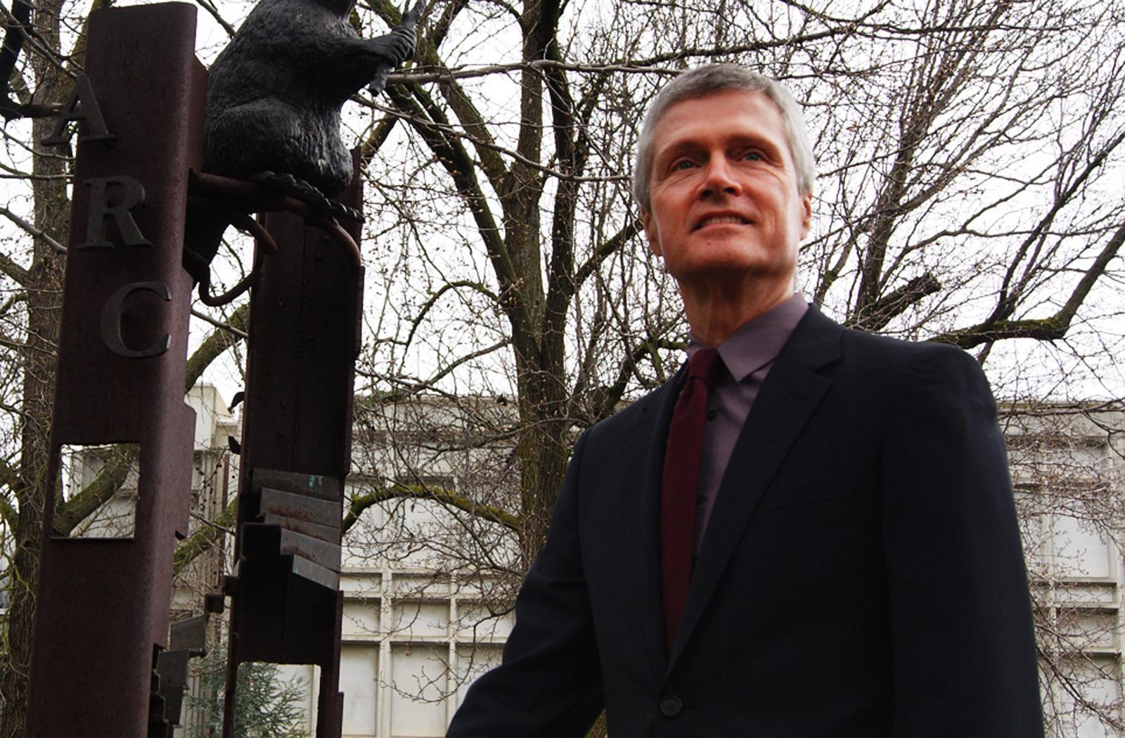 Dr. Viar, Viar, President, Beaver statue