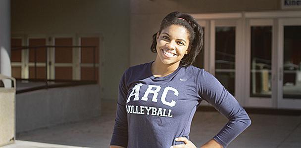 Volleyball player Erianna Williams striking a pose.