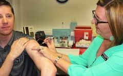 Head to Head: Should American River College adopt a mandatory vaccination policy?