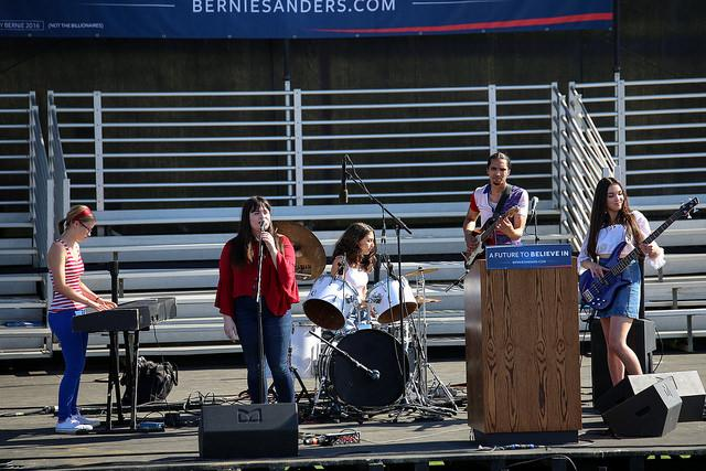 The Love Defenders (from left to right, Jasmine Scrivner, Josephine Leclerc, Eloise Turner, Brian Latour, and Sitsa Latour), a local high school band, perform prior to the Bernie Sanders rally at Bonney Field in Sacramento, California on May 9, 2016. (Photo by Kyle Elsasser)