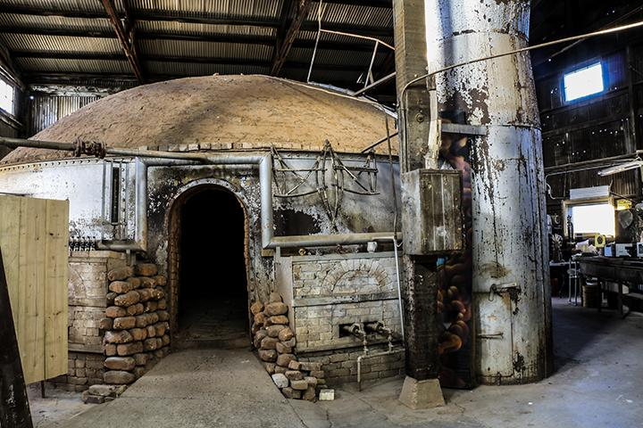 One of the kilns that has serviced the Panama Art Factory for over a 100 years. (Photo by Luis Gael Jimenez)