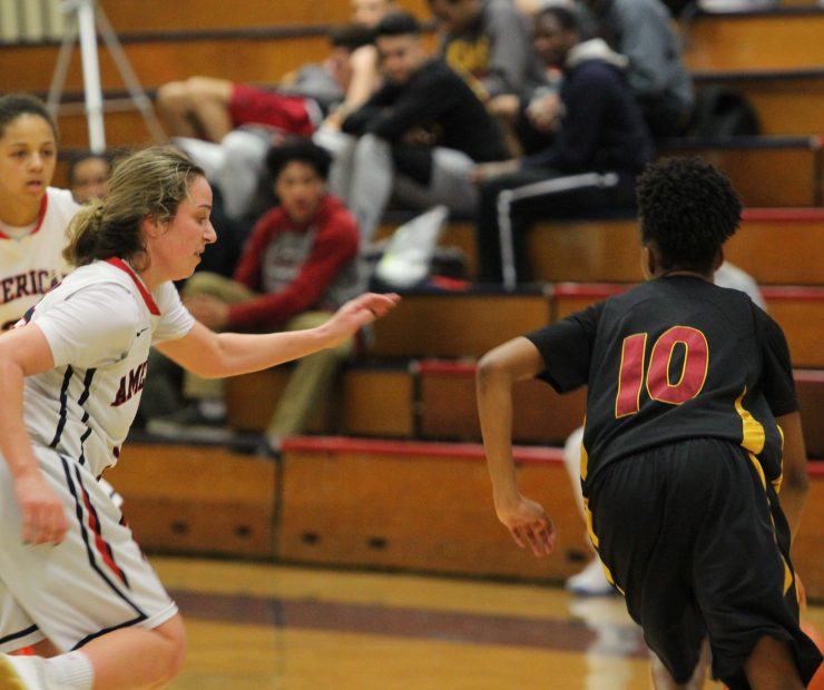 ARC guard Jennifer Manduca reaches for the ball as Sac. City College guard Cauji Curney dribbles it around her. (photo gallery by Lidiya Grib)