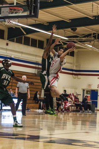 Beavers break loss streak with 70-to-58 victory over Diablo Valley Knights