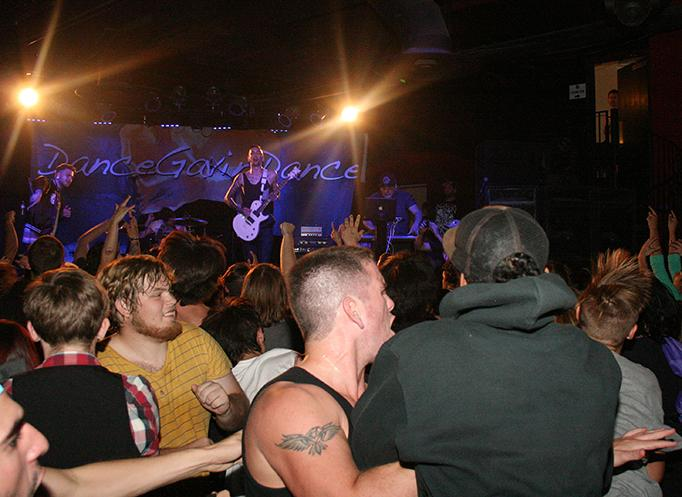 Moshers+just+want+to+have+fun