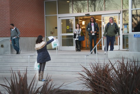 Associated Student Body members could be seen passing out free final goodie bags yesterday and today. Inside the goodie bags, were a Scantron, a number two pencil. Students were skittish taking the goodie bags not knowing if there was a charge for taking a goodie bag.  Today is the last day for the goodie bag hand out. Photo by Brandon Nelson
