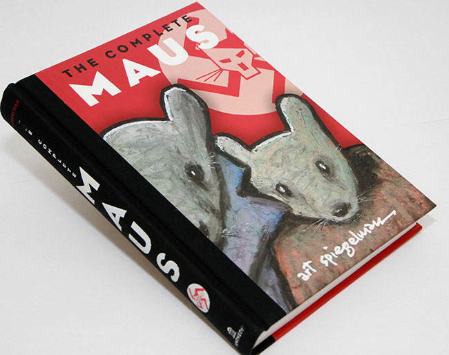 """""""Maus"""", a Pulitzer Prize winning graphic novel which depicts a cartoonist's attempt to retell his father's story of how he survived the Holocaust and their difficult relationship, was featured in an Honor Reads discussion on campus Sept. 5. (Photo by Joseph Daniels)"""