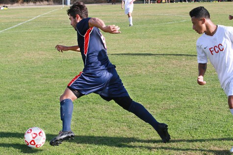 Eddie Arreola drives the ball down field during American River Colleges Home game against Fresno City College on Oct. 17