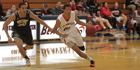 ARC holds off late rally, defeats SJDC 68-57