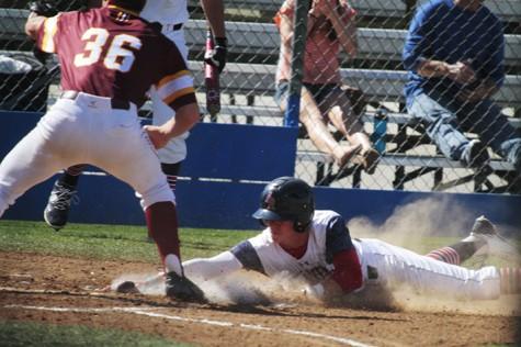 Offense explodes for ARC in 12-1 baseball win Thursday