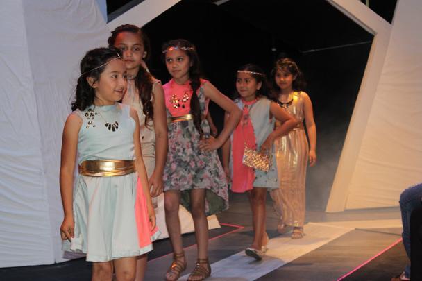 Students+organize+annual+ARC+fashion+show