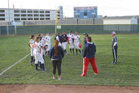 Softball confident heading into playoff series against undefeated San Mateo