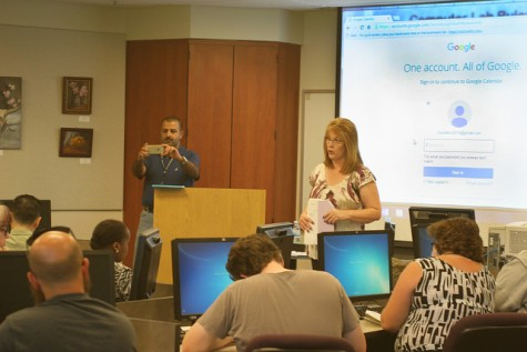 Students learn about success at the 'Time Management and Google Calendars' workshop