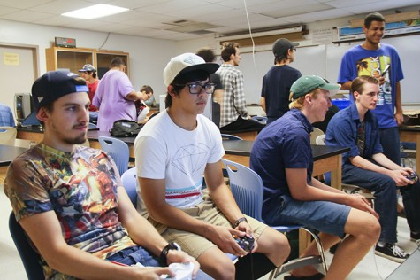 Students Justin Kinney, left, and Christian Villegas play Super Smash Bros Melee on Gamecube during a club meeting on Friday 25 at ARC. (Photo by Jordan Schauberger)