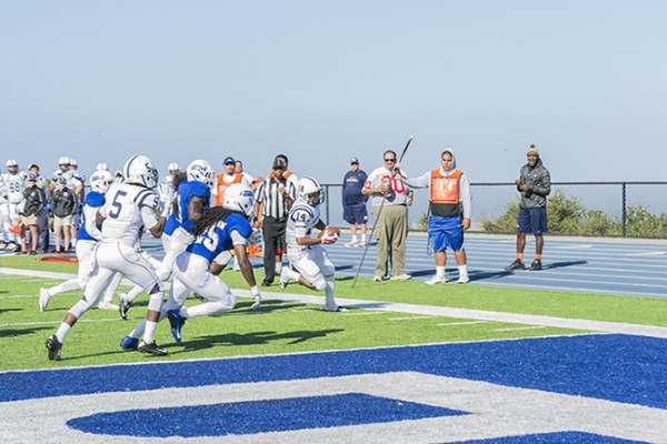 American River College wide receiver Daliceo Calloway stretches for the goal line during its game against College of San Mateo at San Mateo on Oct 3, 2015. CSM went on to win the game 42-10. (photo by Joe Padilla)