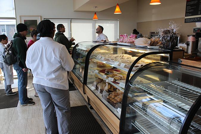 Students line up for the opening of the Oak Cafe Bakery. The cafe is open Wednesday through Friday from 8 a.m. to 2:30 p.m. (Photo by Timothy Lipuma)