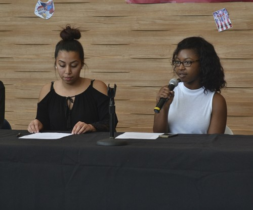 ASB candidates Alejandra Gilbert and Valencia Scott discuss ASB visibility, mental health awareness, and leadership at ARC during the candidate forum on April 6. All candidates in the election ran unopposed. (Photo by Sharriyona Platt)