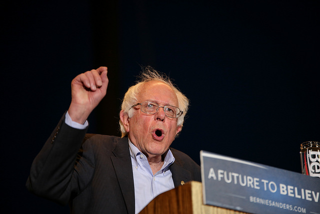 Presidential+candidate+Bernie+Sanders+speaks+during+his+rally+at+Bonney+Field+in+Sacramento%2C+California+on+May+9+2016.+The+rally+drew+a+crowd+of+approximately+15%2C000.+%28Photo+by+Kyle+Elsasser%29