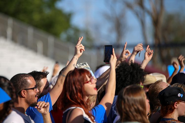 A+member+of+the+audience+holds+up+a+peace+sign+while+waiting+for+presidential+candidate+Bernie+Sanders+to+begin+his+rally+at+Bonney+Field+in+Sacramento%2C+California+on+May+9%2C+2016.+%28Photo+by+Kyle+Elsasser%29