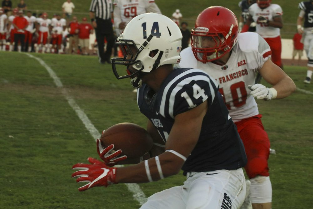 ARC wide reciver Daliceo Calloway rushes the ball in the game against city college of Sanfrancisco on Sept. 17. ARC lost 51-36. (Photo by Laodicea Broadway)