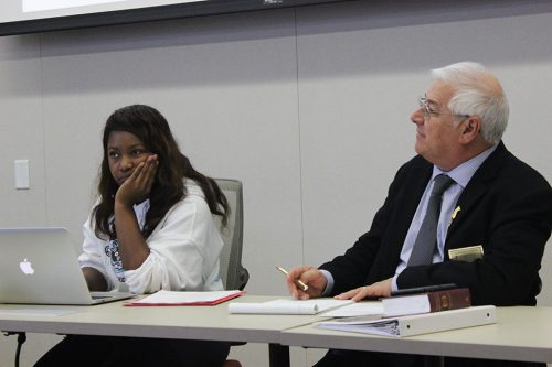 Student Senate President Valencia Scott (left) and Parliamentarian Lorenzo Cuesta (right) at the student senate meeting on No. 10. (Photo by John Ennis)