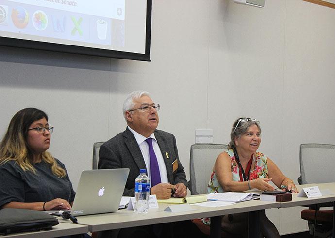 Student Senate President Deborah Hernandez, Parliamentarian Lorenzo Cuesta and Senator Laurie Jones at the August 31, 2017 Student Senate meeting. (Photo by John Ennis)