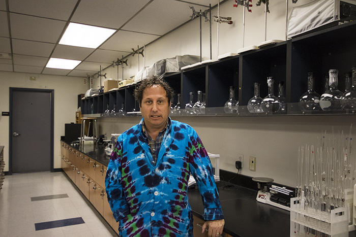 American River College chemistry professor Brian Weissbart stands in his classroom on Sept. 5, 2017 in Sacramento, California. (Photo by Brienna Edwards)