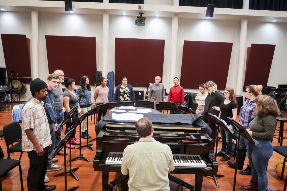 Vocal jazz professor Art Lapierre teaches his beginning vocal ensemble class at American River College on Jan. 22 in Sacramento, California. (Photo by Alondra Botello)