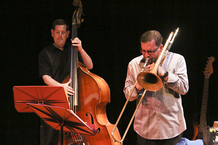 Matt Robinson (left) and Dyne Eifertsen (right) performing in the faculty recital at American River College on April 30, 2018. (Photo by Michael Pacheco)