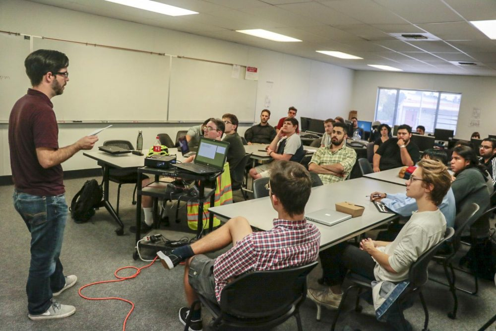Nick Cross, a firmware engineer at Aruba Networks, addresses computer science students to prepare them for a job search in technology industries at American River College on Oct. 4, 2018. (Photo by Hameed Zargry)