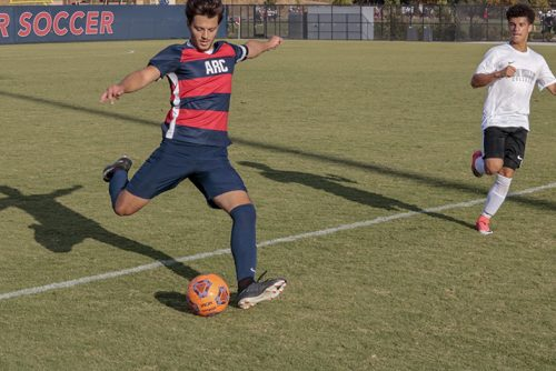 American River College player Dalton Catanzaro passes the ball during the game against Napa Valley College on Oct. 23, 2018. ARC lost to Napa Valley, 4-0. (Photo by Hameed Zargry)