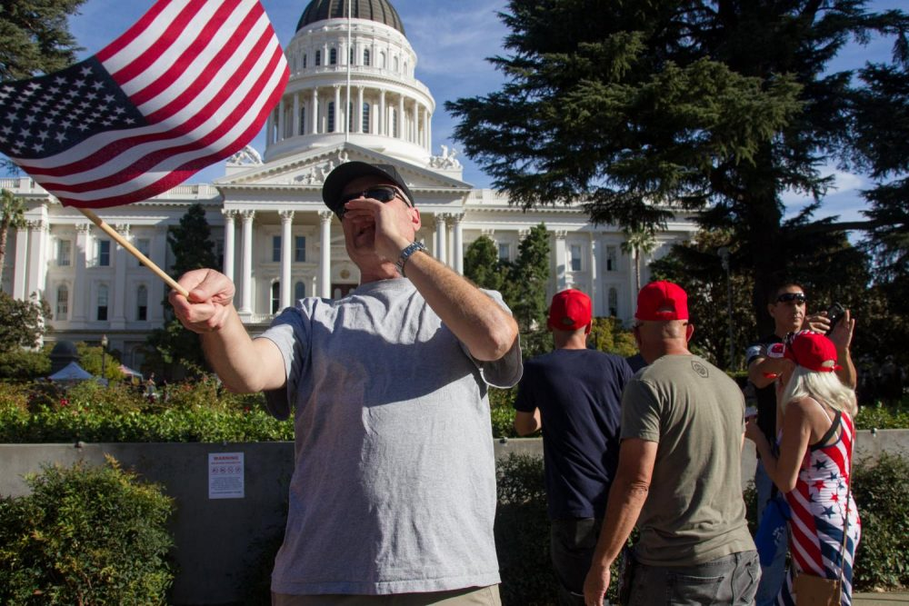Photo+Essay%3A+%22Turn+California+Red%22+conservative+rally+draws+counter-protesters+at+Sacramento+Capitol