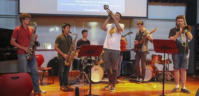 American+River+College%E2%80%99s+jazz+band+will+be+playing+a+tribute+show+in+early+November+alongside+the+Cooley+Middle+School%E2%80%99s+jazz+band.+%28File+Photo%29