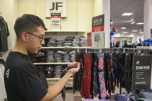 American River College's CAPSS offers the JumpStart tool which helps search for off campus and on campus jobs, as well as internships. CAPSS also hosts a bi-annual Suit Up event with JCPenney to grant students a discount on appropriate job apparel for interviews. (File photo)