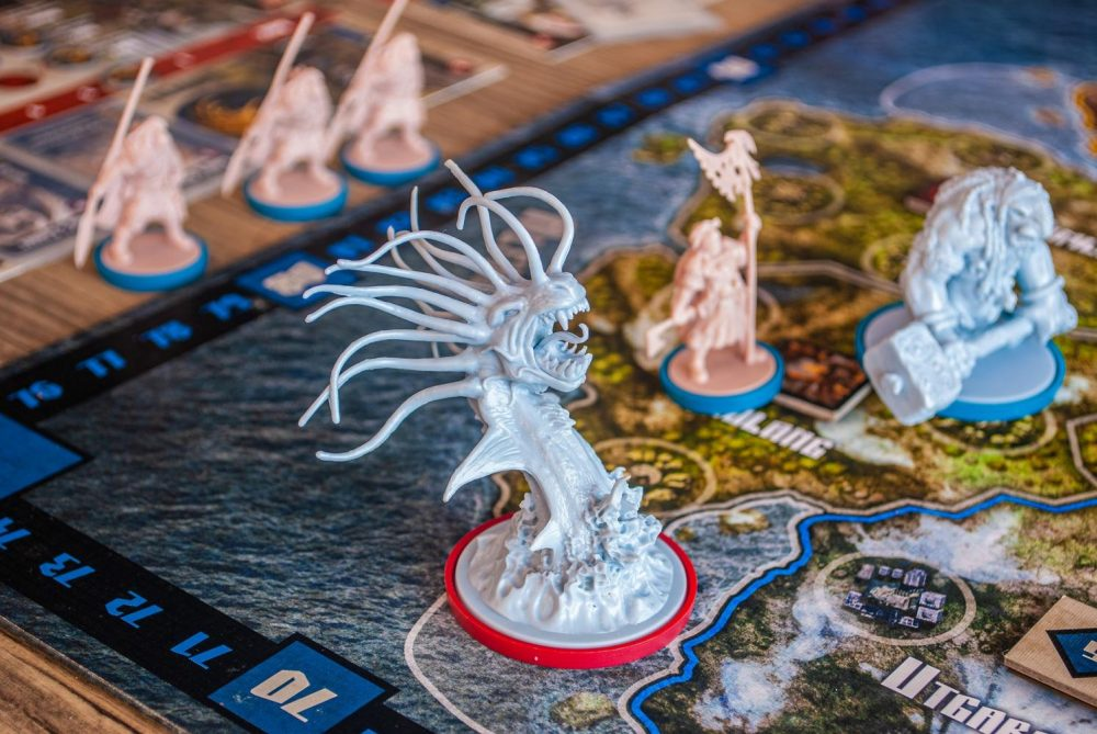 Board games are a good option for those practicing self-quarantining. (Courtesy of pixabay)