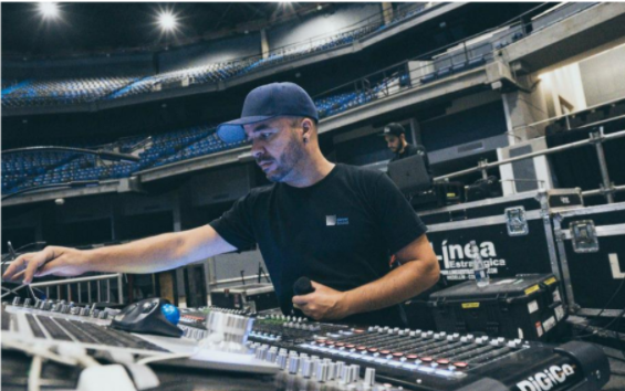 Sound engineer Stanley Soares, guest hosted the Commercial Music programs Inside the Music Industry Workshop podcast on February 11, 2021. (Photo via ARC Commercial Music Program)