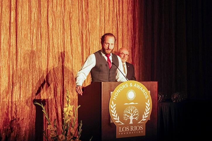 Former+Oakland+Athletics+player+and+American+River+College+alumnus%2C+Dallas+Braden+speaks+to+attendees+of+the+Los+Rios+Foundation+Honors+and+Awards+Gala+at+the+Sheraton+Grand+Hotel+in+Sacramento+on+Oct.+23%2C+2015.+Braden+was+a+guest+at+the+gala+where+he+was+one+of+four+alumni+honored+by+the+foundation+on+the+occasion+of+the+Los+Rios+district%27s+50th+anniversary.+%28File+Photo%29.