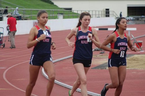 American River College runners Eleanor Velez, Hannah Montague, and Jessica Swingle compete in the women